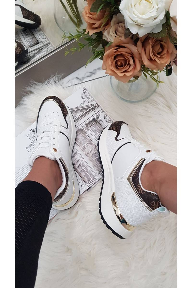 BASKETS US6 blanches